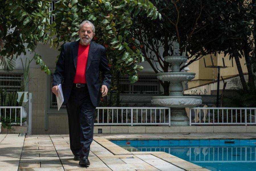 Mesmo preso, Lula manterá mordomias de ex-presidente