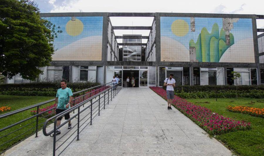 Curitiba é a capital com menor proporção de servidores comissionados